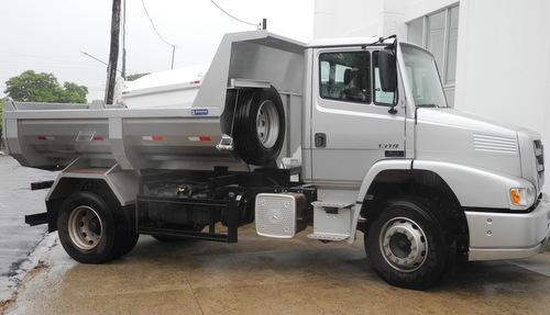 Prefeitura de Antônio João adquire mais um caminhão caçamba