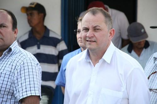 Prefeito Douglas Gomes cancela carnaval e recebe elogios da comunidade