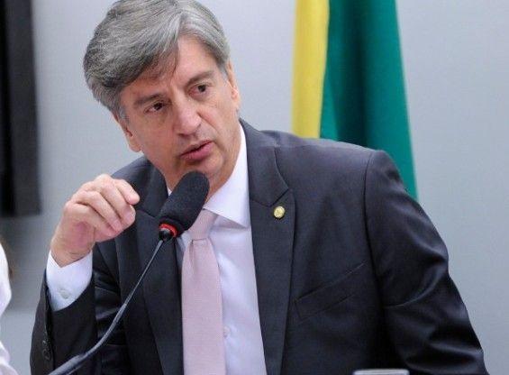 Dagoberto contraria Pedra e nega apoio do PDT a Alcides Bernal