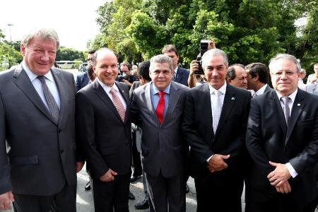 Autoridades participam de reabertura dos trabalhos legislativos