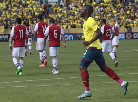 Líder Equador faz no final, empata com Paraguai e mantém invencibilidade