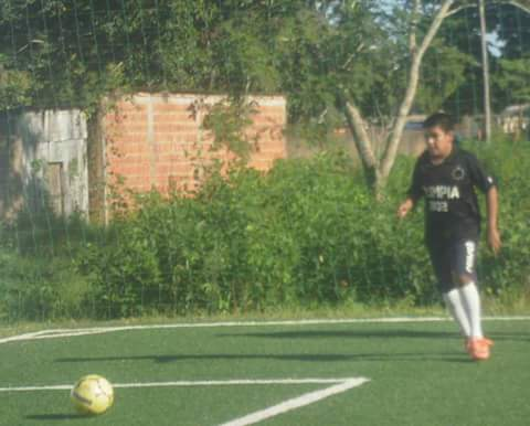 Jogador de Bella Vista é aprovado no 3 de febrero, clube paraguaio