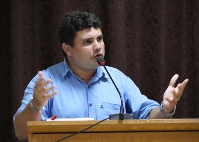 Vereador Jhonys solicita vacinação para professores contra a gripe H1N1