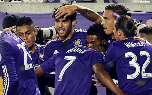 Kaká retorna com duas assistências e gol na goleada de 4 a 0 do Orlando