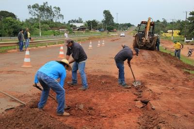 Avenida Teodoro Sativa recebe serviços de recuperação Paliativa