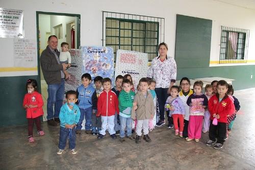 Prefeitura de Bela Vista entrega novos colchões aos CEIMS