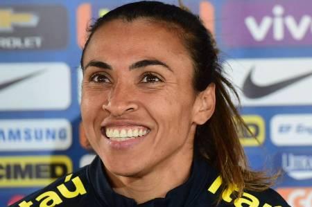 Seleção confirma Marta como camisa 10 na busca pelo ouro olímpico