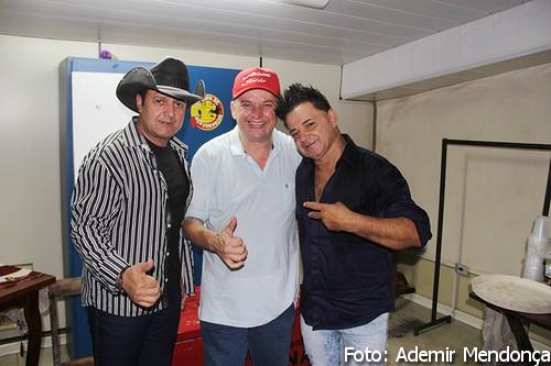 Flagrantes show da dupla Renan e Ray em Bela Vista