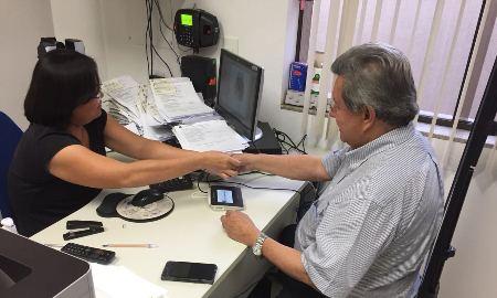 Onevan faz cadastramento biométrico e congratula Justiça Eleitoral