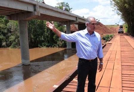 Governo já entregou 35 pontes de concreto em áreas críticas e garante segurança aos municípios