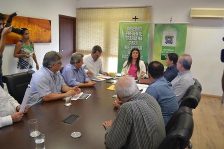 Onevan e empresários discutem com Rose Modesto incentivos à cadeia produtiva do leite