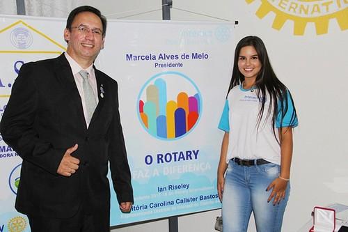 Marcela Melo empossada presidente do Interact Club de Bela Vista