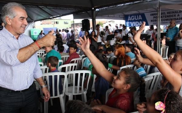 Em Ponta Porã, governador entrega investimentos e reforça cobrança por segurança federal na fronteira