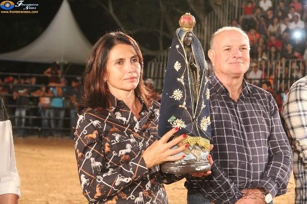 Três mil pessoas prestigiam abertura do 1º Rodeio de Caracol