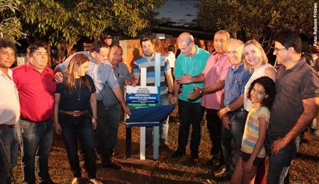 Prefeitura de Amambai inaugura ruas da vila Pimentel