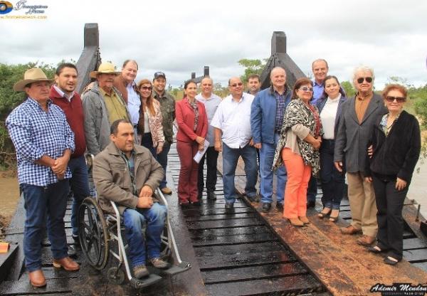Reforma de Ponte inaugurada em Caracol homenageia pioneira Elvira Loubet Cardoso