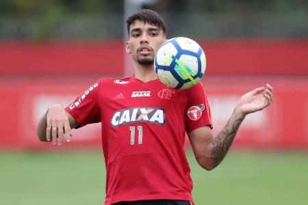 Flamengo deseja prorrogar contrato de Lucas Paquetá