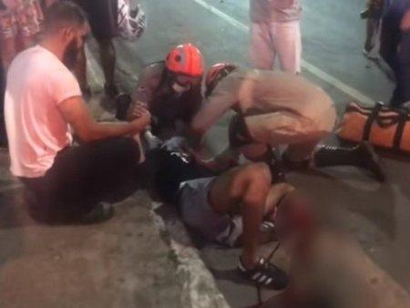 Militar do Exército bate moto contra Hilux e tem a perna dilacerada