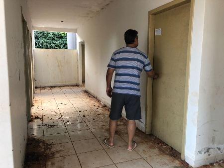 Vereador Marquinhos Lino cobra retomada das obras de Posto de Saúde