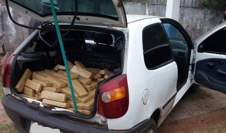 PM do distrito de Alto Caracol prende homem e adolescente transportando 255 kg de maconha e 7 kg de cocaína