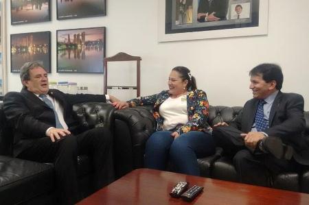 Antônio João: Senador Moka recebe apoio de todos os vereadores para sua reeleição