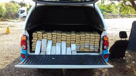 PMA prende traficante douradense com 110 kg de drogas escondidos em assoalho, bancos e pára-choques de veículo