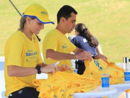 Ex-atletas Fabi Alvim e Marilson dos Santos correm no Parque das Nações