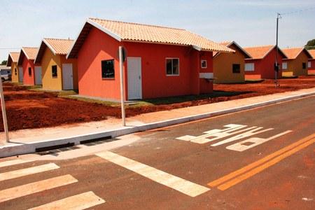 Em Antônio João, gestão Reinaldo Azambuja garantiu 51 km de asfalto novo e moradias