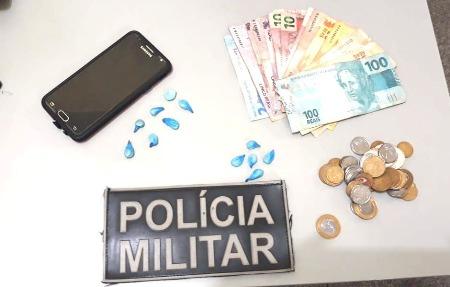 Polícia Militar de Jardim prende dois homens, por Tráfico e Porte de Drogas
