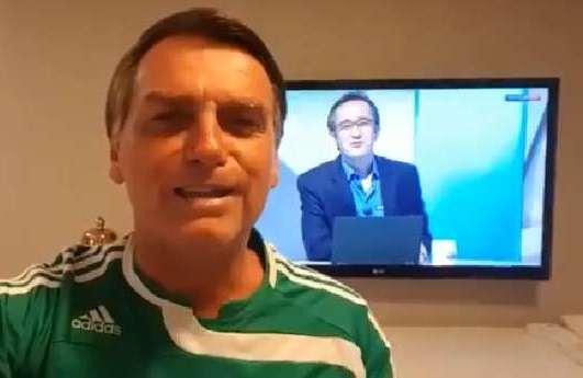Após título, Jair Bolsonaro manda parabéns ao Palmeiras