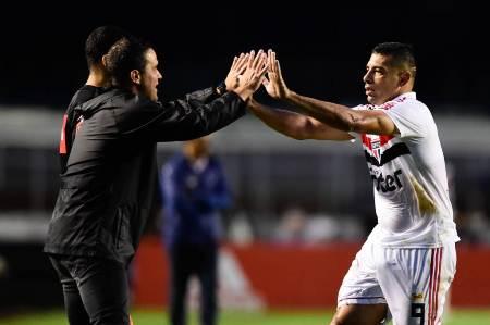 D. Souza retorna com gol e dá vitória ao São Paulo contra o Cruzeiro