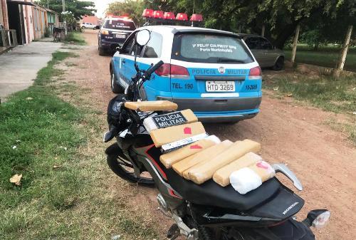 PM de Porto Murtinho realiza acompanhamento tático de motociclista e apreende 7 Kg de maconha