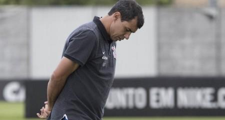 "Volante explica grande trunfo de Carille: ""Sabe o que é o Corinthians"""