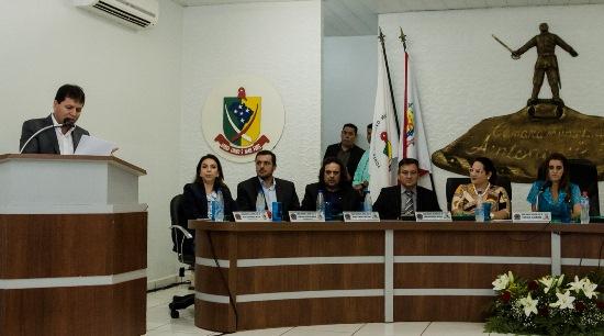 Antônio JoãoSecretário de Governo leva mensagem ao Legislativo