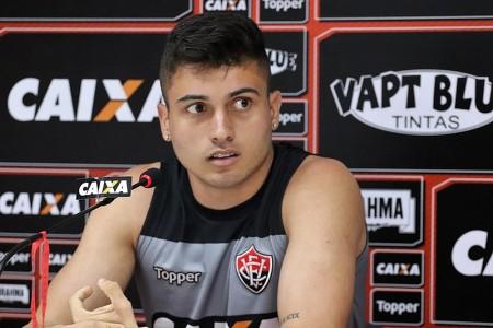 Palmeiras acerta a contratação do atacante Luan, do Vitória