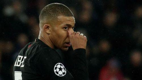 PSG multa Mbappé em mais de R$ 780 mil por atraso em coletiva
