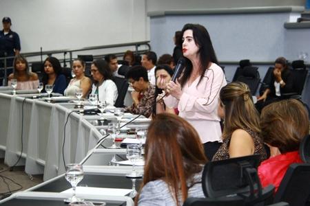 PSDB Mulher cobra posição da bancada feminina no Congresso contra fim das cotas de candidaturas