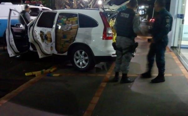 Polícia Militar apreende mais de uma tonelada e meia de maconha, recupera veículo furtado e prende autor por Tráfico de Drogas no Boqueirão