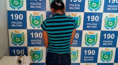 Polícia Militar prende em flagrante mulher por Tráfico de Drogas em Jardim