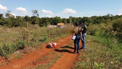 Mulher encontrada morta tem 27 anos e estava com corda amarrada ao pescoço