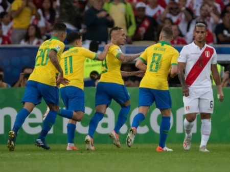Brasil derrota Peru por 3 a 1 e conquista Copa América pela 9ª vez na história