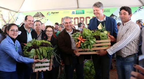 Governador anuncia R$ 22 milhões para agricultura familiar