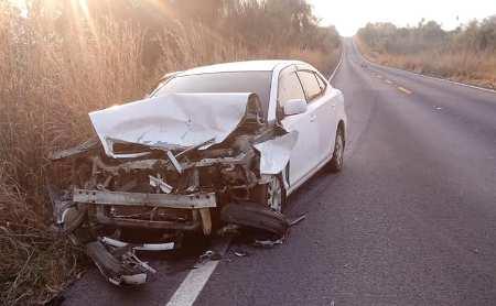 Porto Murtinho:Veículo com placa do Paraguay bate em Anta na 267.
