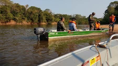 Polícia Militar Ambiental de Aquidauana intensifica fiscalização nos rios da região devido ao feriado na Capital