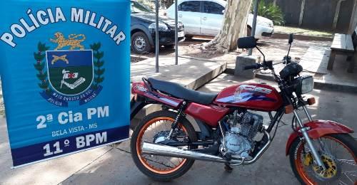 Polícia Militar em Bela Vista apreende motocicleta com Sinais Identificadores de Veículo Automotor Adulterados
