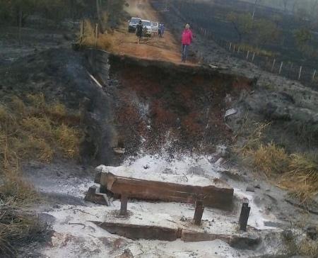 Em Bela Vista, incêndio atinge ponte de madeira na região da Água Amarela