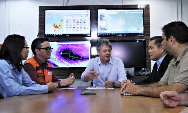 Reinaldo Azambuja decreta situação de emergência devido à alta incidência de queimadas em MS