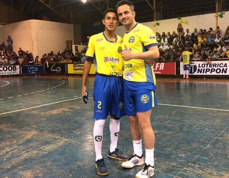 Jovem Lucas Gavilan Valenzuela realiza o sonho de conhecer Falcão