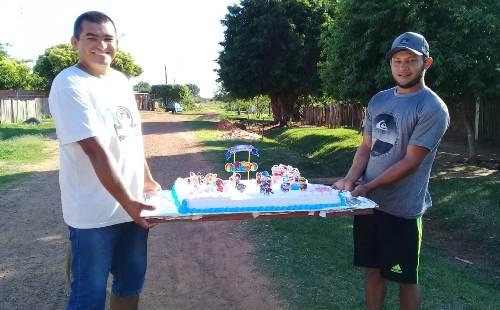 Líder Comunitário realiza festa para as crianças em Bela Vista